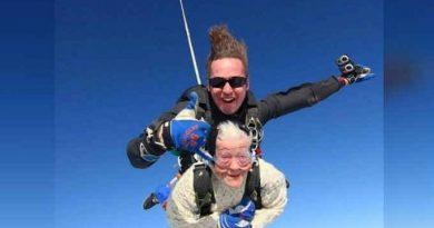 102 साल की आइरिन ने 14000 फीट की ऊंचाई से लगाई छलांग, सबसे बुजुर्ग स्काईडाइवर बनीं