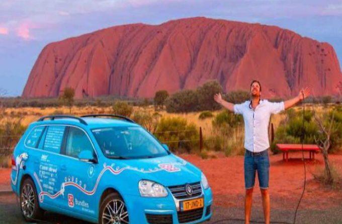इलेक्ट्रिक कार से 3 साल में की 90 हजार किमी यात्रा, क्राउड फंडिंग से जुटाया पैसा