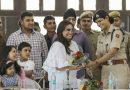 मर्दानी-2 की शूटिंग के दौरान कोटा में पुलिस कर्मियों से मिलीं रानी मुखर्जी