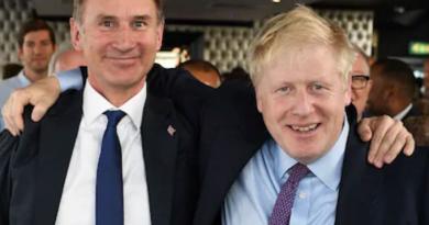 अगले प्रधानमंत्री पर फैसला आज, बोरिस जॉनसन और जेरेमी हंट के बीच टक्कर
